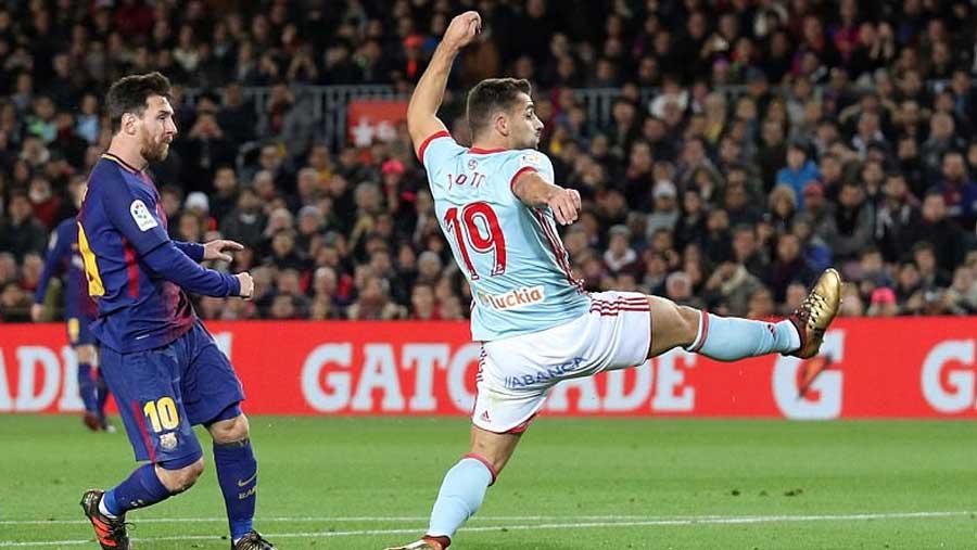 Barca stroll into Copa del Rey quarters