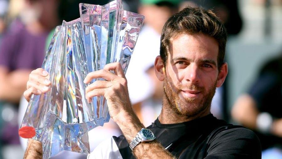 Del Potro ends Federer's unbeaten run