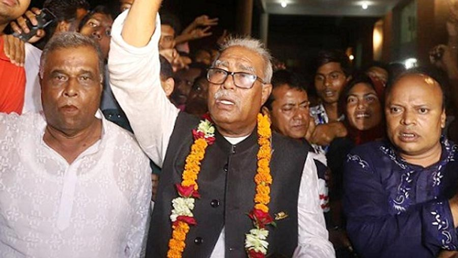 Abdul Khalek elected mayor in KCC