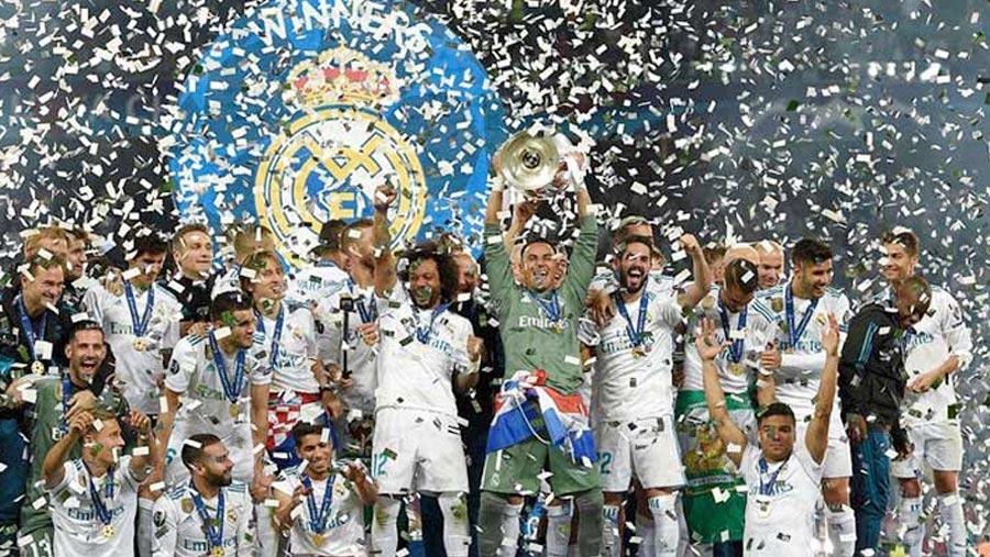 Real clinches third straight Champions League title
