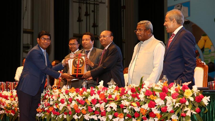 RFL gets export trophy