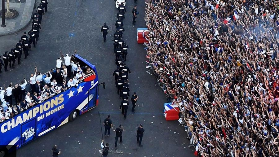 World Cup celebrations rock Paris