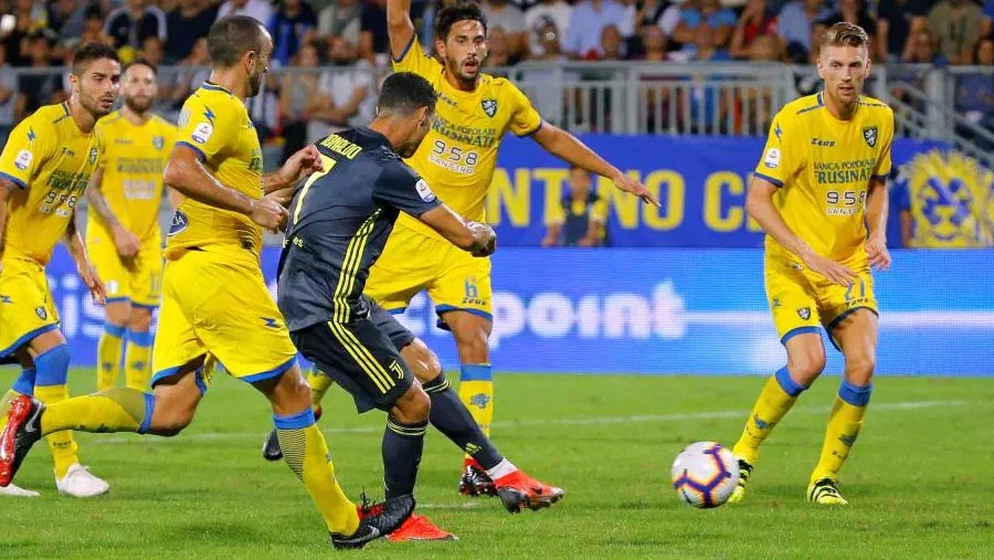 Ronaldo scores as Juve keep up perfect start