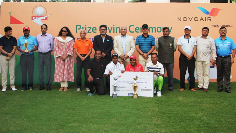 Prize giving ceremony of NOVOAIR Professional Cup golf tournament