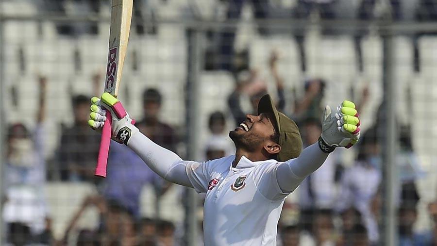 Mushfiq hits second double century as Tigers dominate
