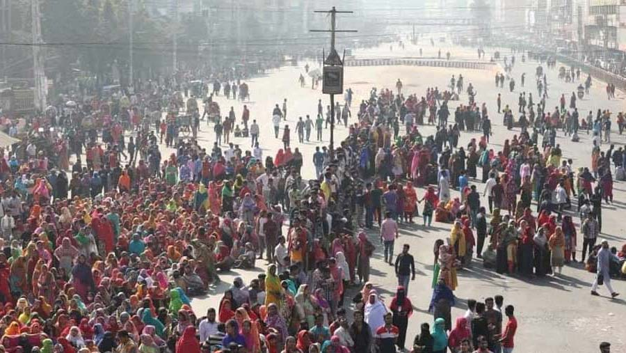 Workers' protest continues for 3rd consecutive day