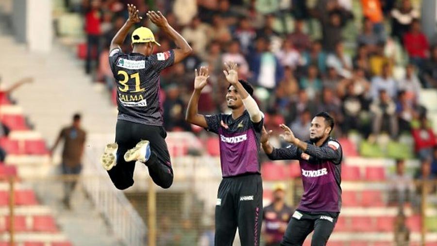 Bowlers snatch victory for Rajshahi