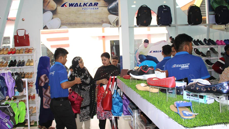Walkar footwear offers up to 50% discount at DITF