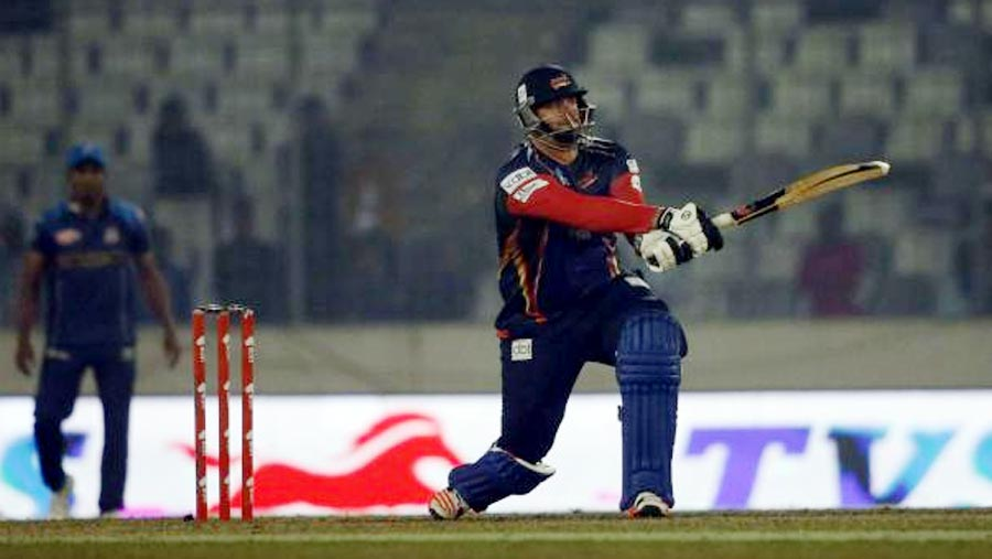Frylinck gives Chittagong thrilling win