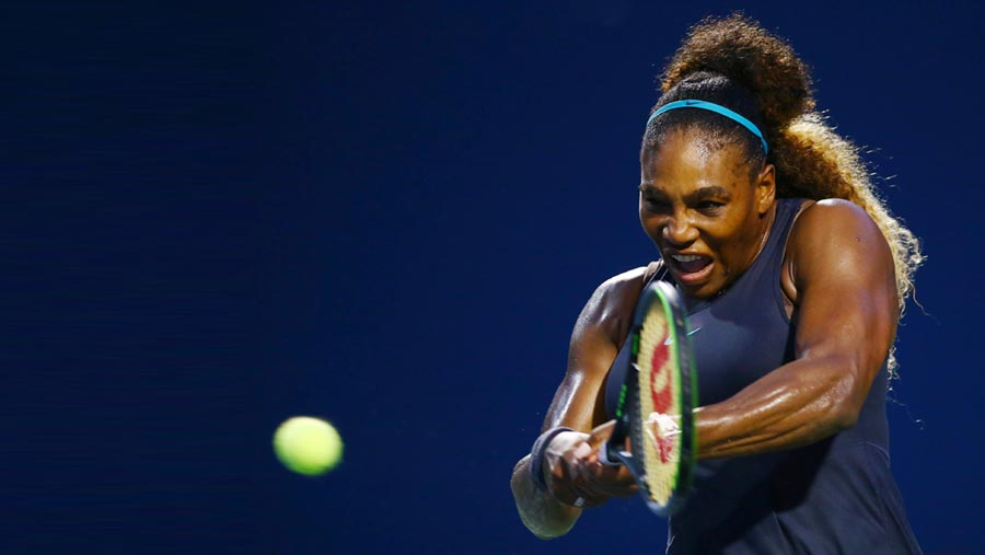 Serena advances in Rogers Cup