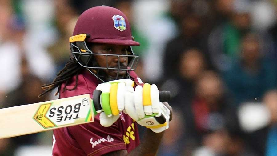 Gayle surpasses Lara