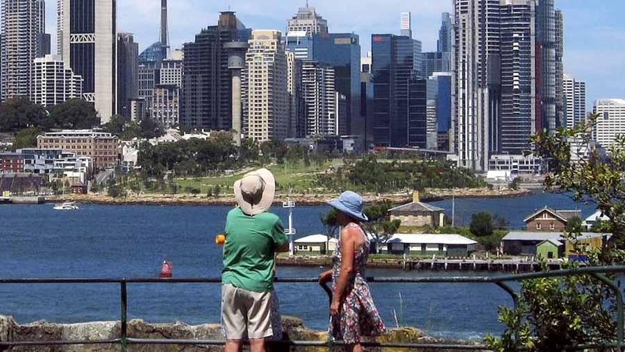 Australian economic growth hits 10-year low