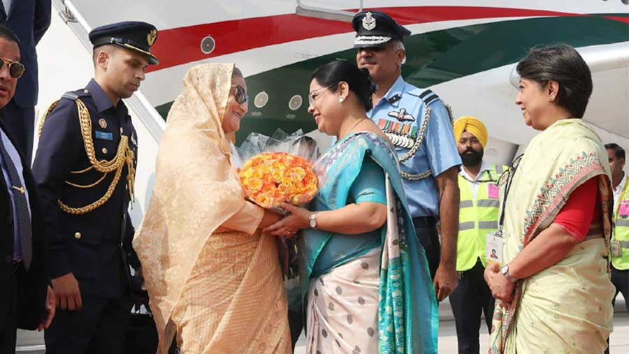Red carpet rolled out as Bangladesh PM reaches New Delhi