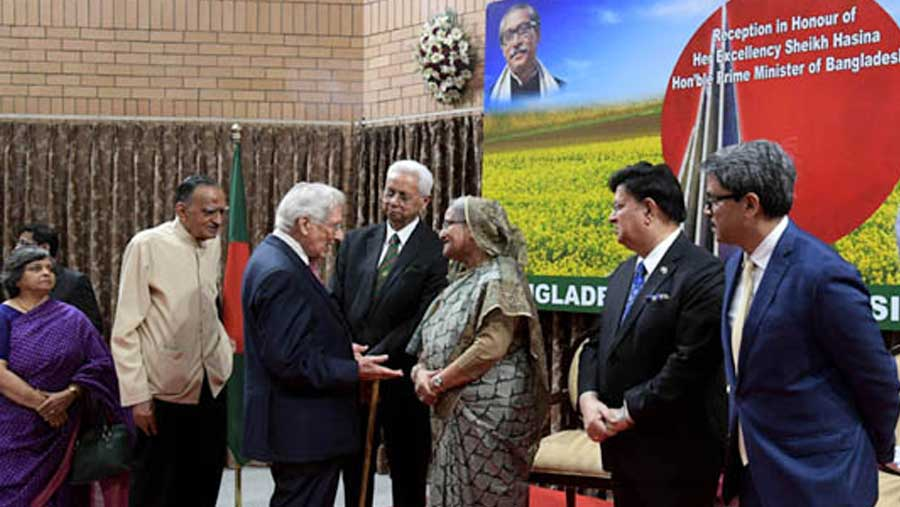 PM accorded reception at Bangladesh High Commission in New Delhi