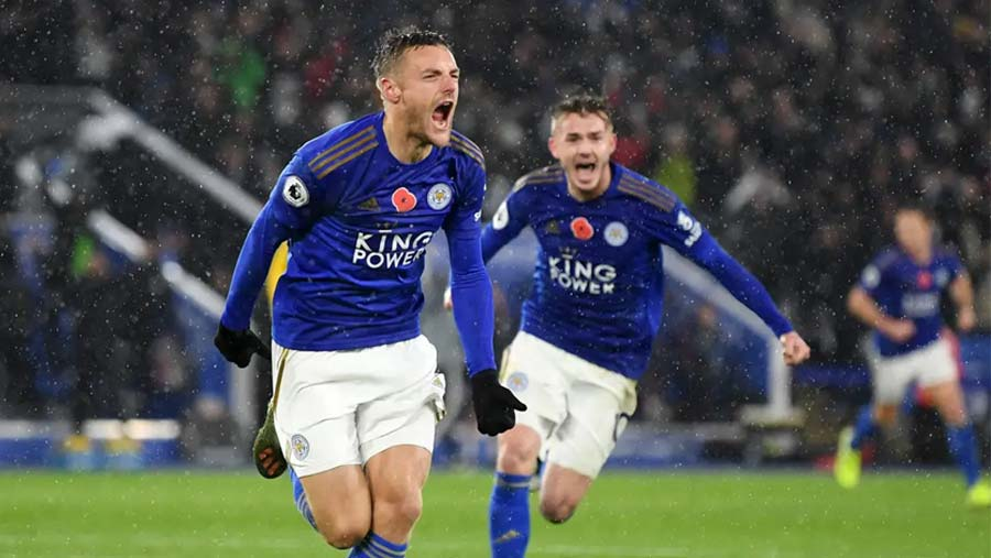 Leicester beat Arsenal to go second