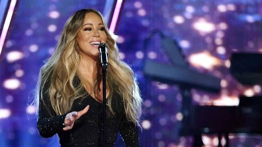 Mariah Carey classic finally tops US chart after 25 years