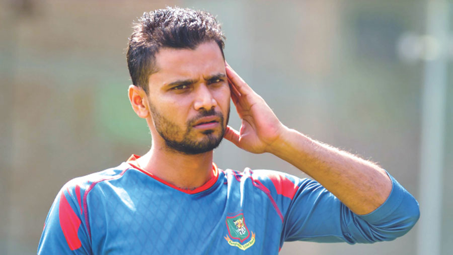 Mashrafe dropped from BCB new central contract