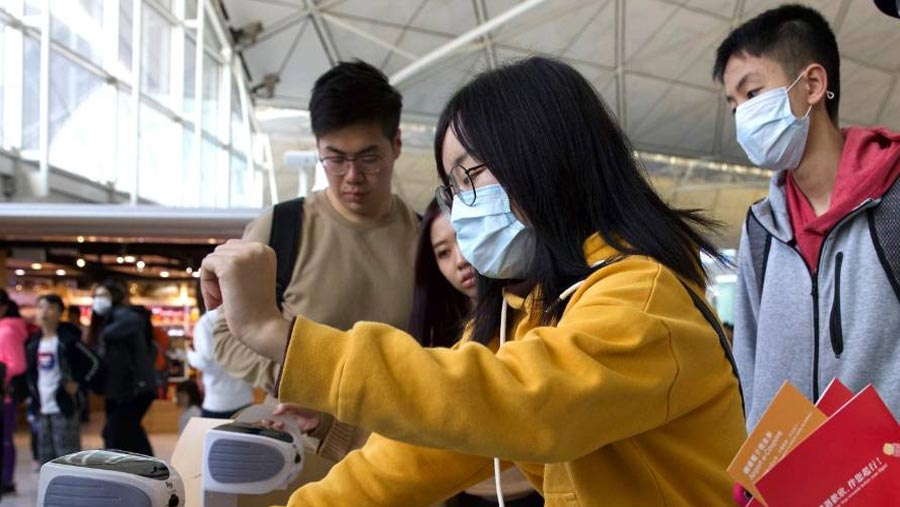 Virus-hit Chinese city to shut flights, public transport as deaths reach 17