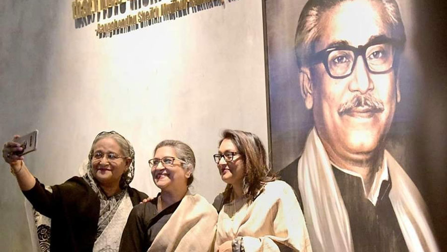 PM, Rehana visit exhibition on Bangabandhu at Shilpokala