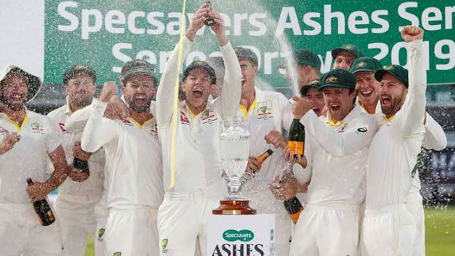 Australia go top of Test and T20 rankings