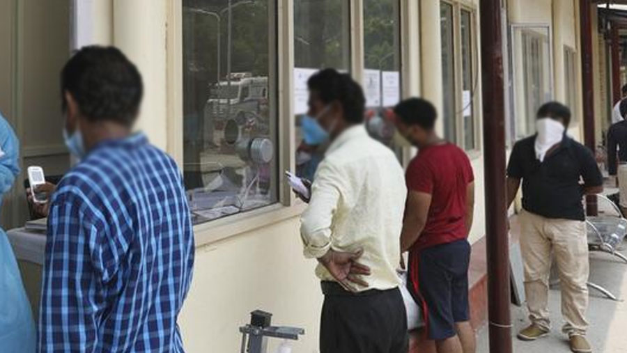 Coronavirus cases hit all-time high weekly number of over 2.8 m