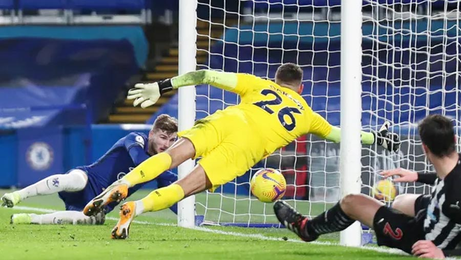 Werner ends goal drought to seal Chelsea's win