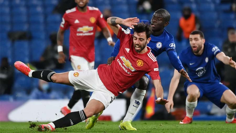 Chelsea frustrated in home stalemate with Man Utd