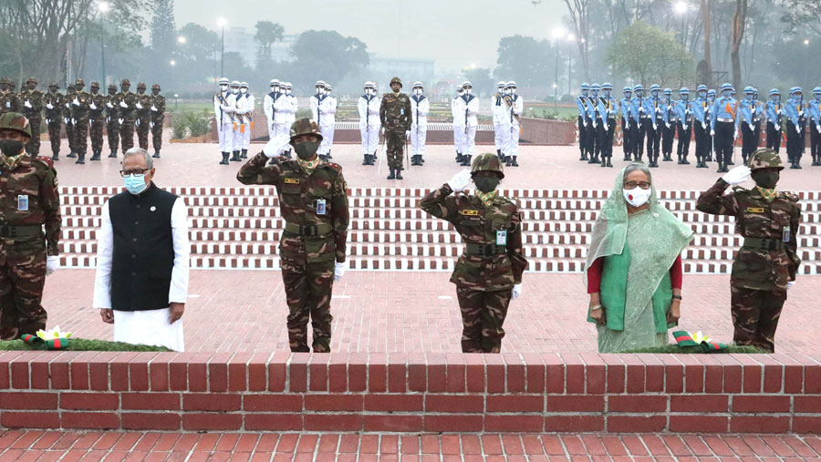 President, PM pay homage to Liberation War heroes