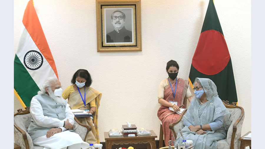 PM seeks implementation of proposed Teesta deal in talks with Modi