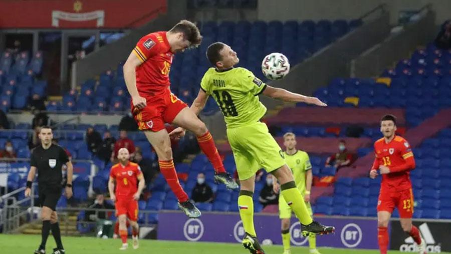 Wales sink Czech Republic 1-0