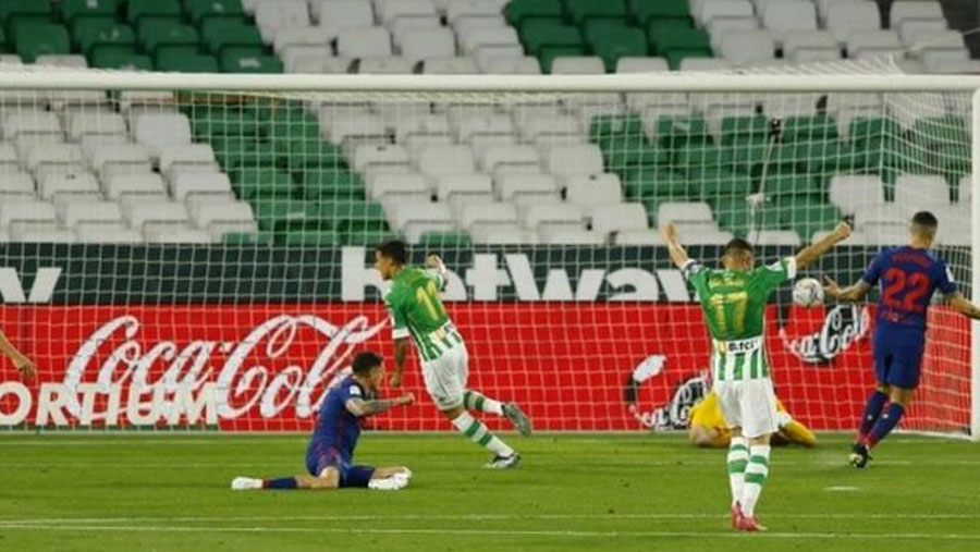 Atletico return to the top of La Liga