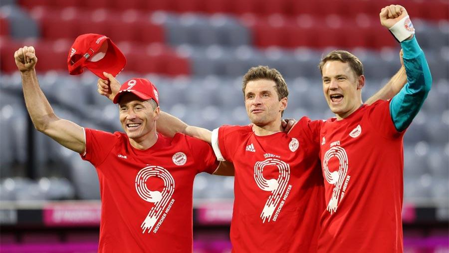 Bayern celebrate title win by thrashing gladbach