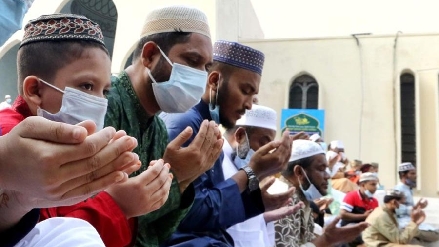 Eid-ul-Fitr being celebrated in somber mood amid pandemic