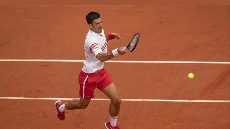 Djokovic survives huge scare in Paris