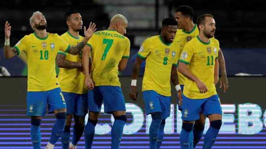 Brazil beat Peru to move into 1st in Copa America