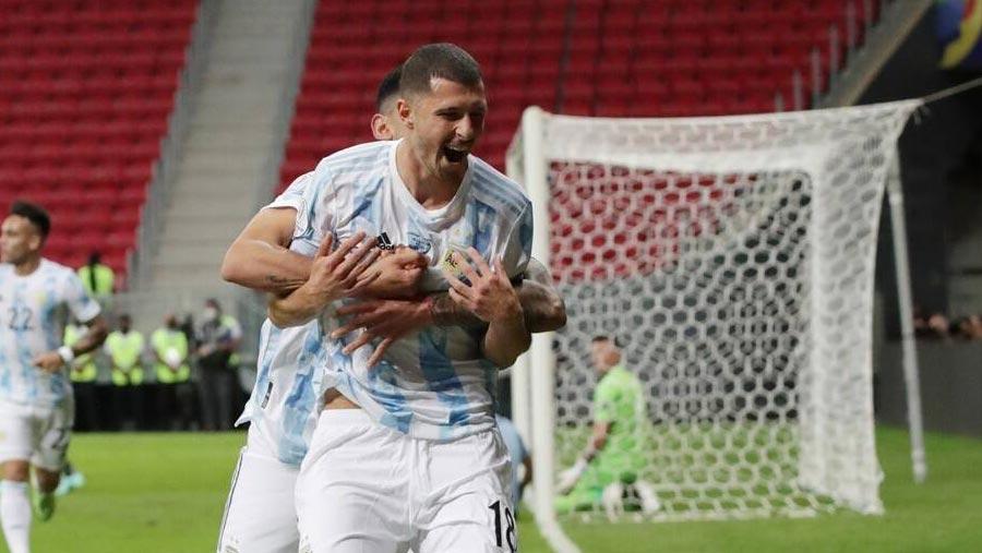 Argentina beat Uruguay in Copa America group clash