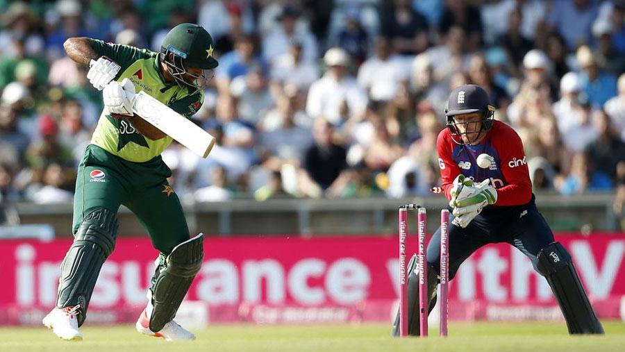 England beat Pakistan to level T20 series 1-1