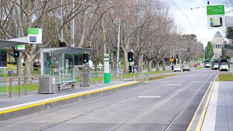 Melbourne extends lockdown
